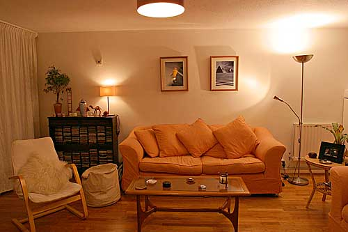 Tư vấn cho bạn những cách bố trí ánh sáng và chọn màu sắc phòng ngủ