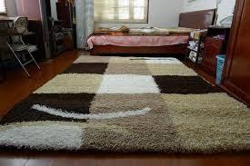 Chọn thảm trải sàn mùa đông cho bé