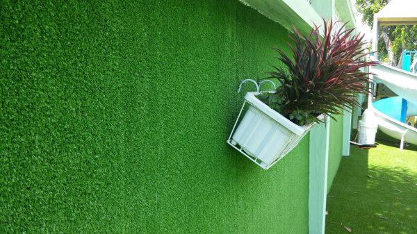 Thảm cỏ nhân tạo và những vị trí ứng dụng có thể bạn chưa biết
