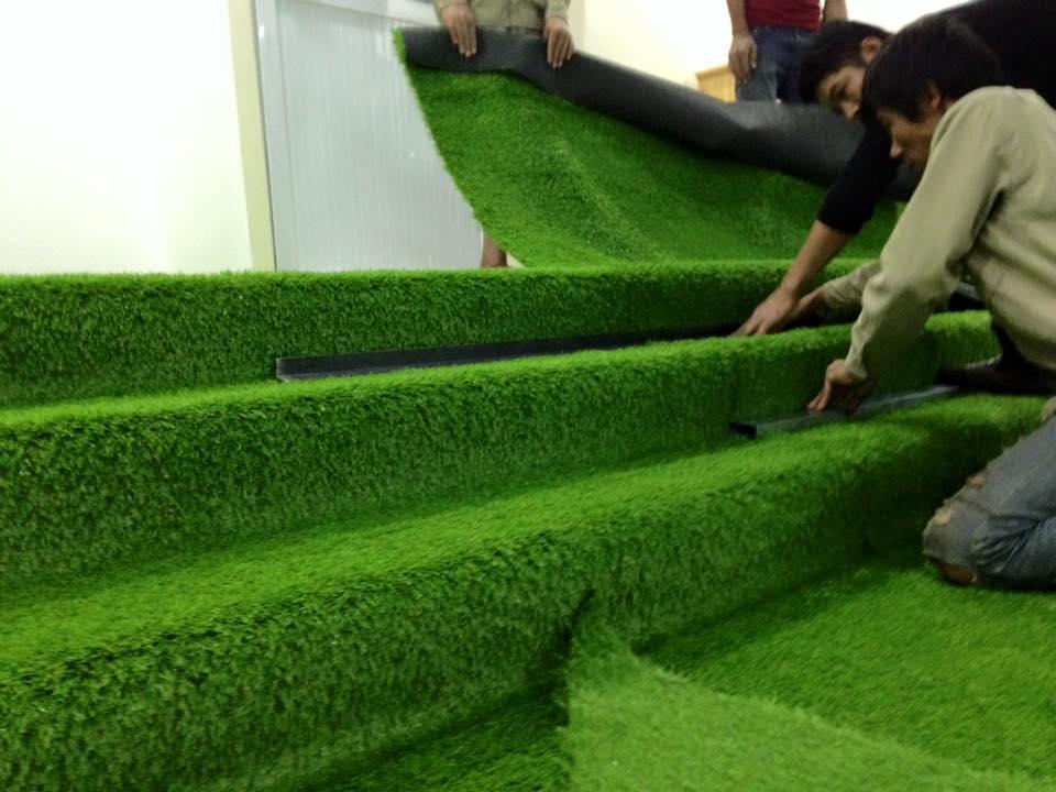 Lợi ích của việc sử dụng thảm cỏ nhân tạo trong quán café