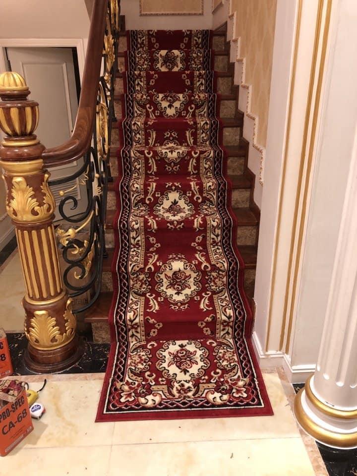 Làm sao để lựa chọn thảm trải cầu thang máy đẹp