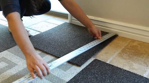 Mệnh Thủy có nên chọn thảm trải sàn màu đen không?