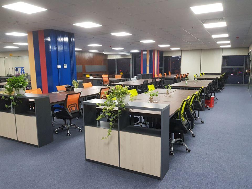 Mẫu thảm trải sàn một màu cho văn phòng làm việc